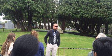 dublin walking tour guide