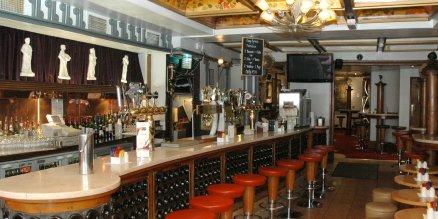 famous pubs in dublin